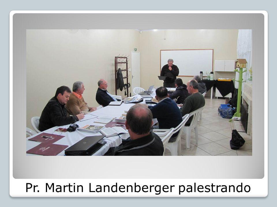 Pr. Martin Landenberger palestrando