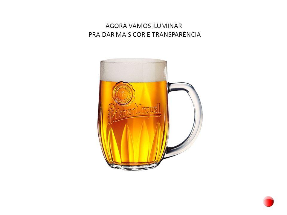 AGORA ACRESCENTE UMAS GOTÍCULAS NA CANECA PARA PARECER QUE A CERVEJA ESTÁ GELADA Apesar que, na vida real, as gotículas indicam que a cerveja está esquentando....
