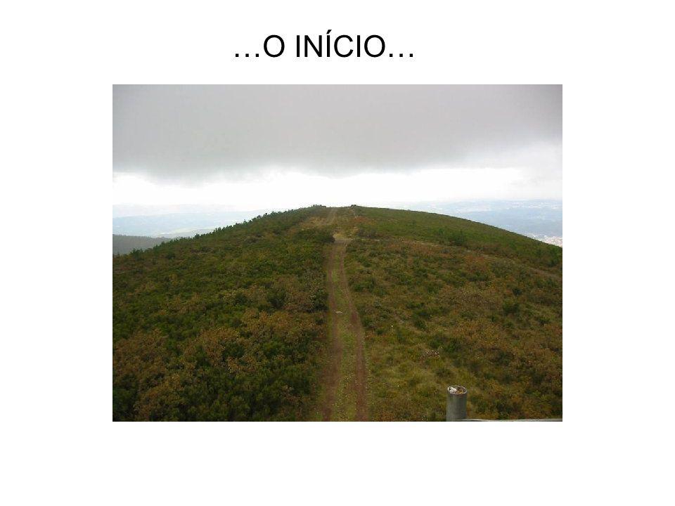 A freguesia de Vila Nova pertence ao concelho de Miranda do Corvo, de cuja sede dista 5km. Com uma área de 26,9km2, faz fronteira com a freguesia de M