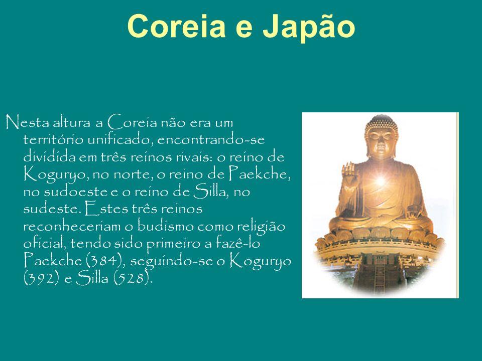 Coreia e Japão Nesta altura a Coreia não era um território unificado, encontrando-se dividida em três reinos rivais: o reino de Koguryo, no norte, o r