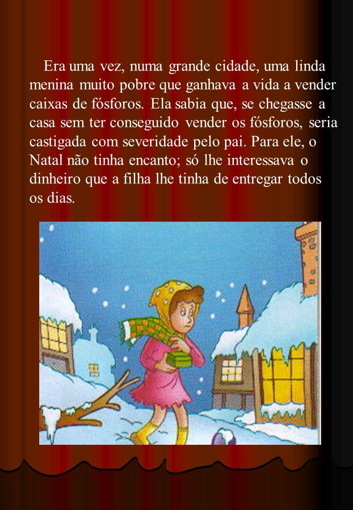 Numa noite, véspera de Natal, a pequena vendedora vagueava pelas ruas, com a neve a cair em abundância, afundando nela os seus pezinhos.