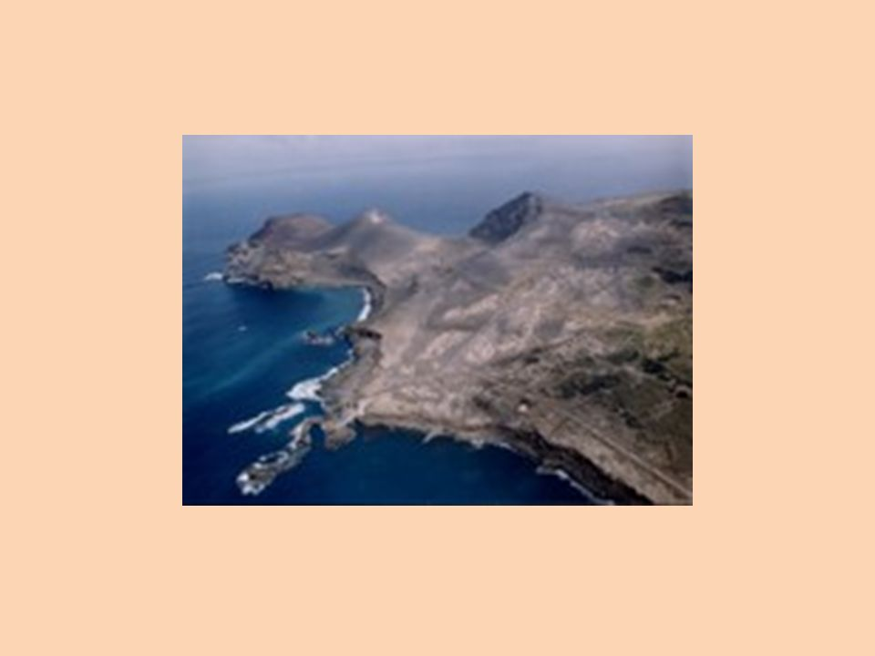 Depois tudo ficou calmo… Depois da erupção vulcânica a paisagem modificou-se, como vamos poder visionar no próximo diapositivo