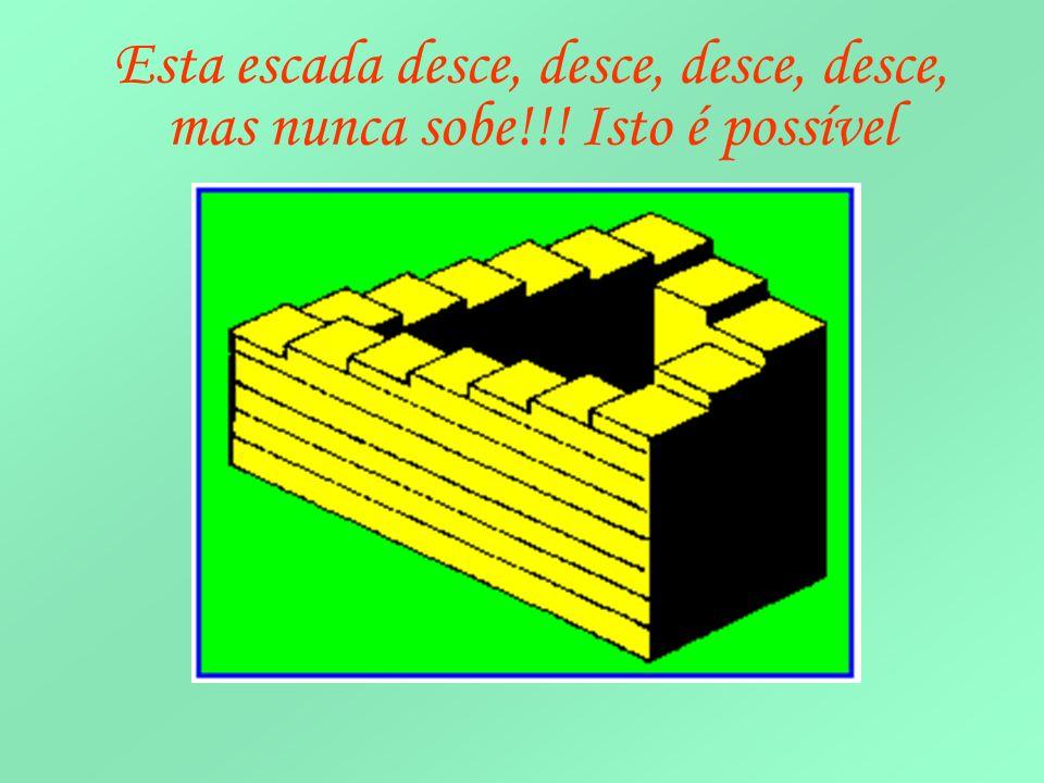 Resposta As peças têm a mesma altura A peça amarela parece ser maior que a azul, mas são do mesmo tamanho
