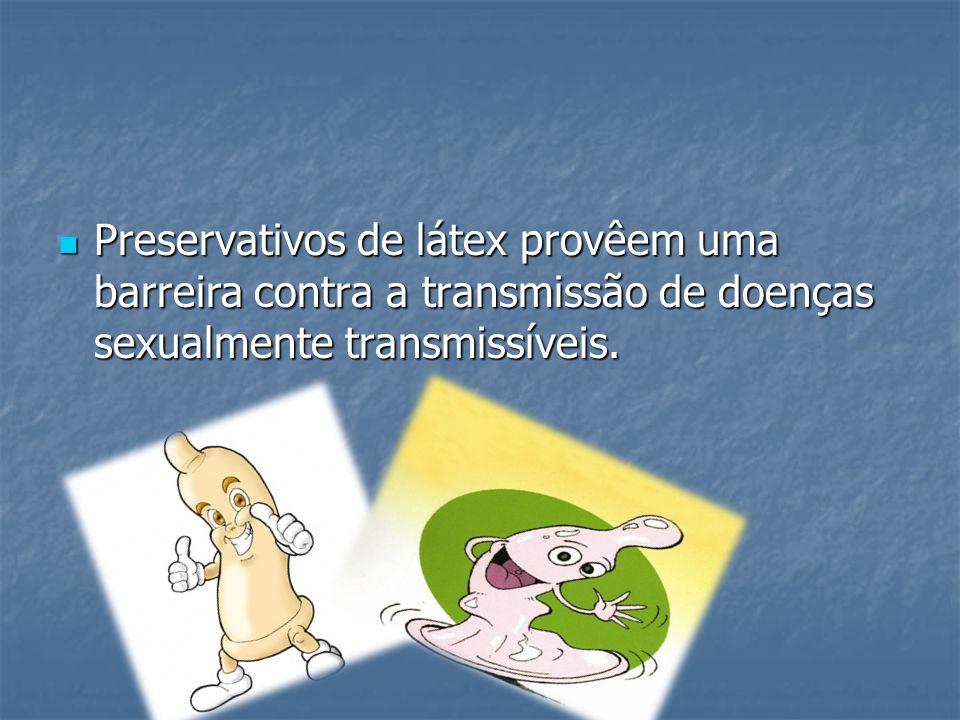 Preservativos de látex provêem uma barreira contra a transmissão de doenças sexualmente transmissíveis. Preservativos de látex provêem uma barreira co