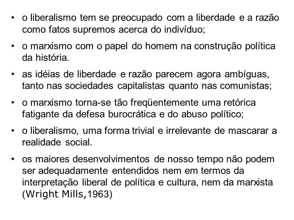 o definhamento do Estado ocorreria em paralelo ao completamento do trabalho de transformação social. Lenin abriu a porta através do qual Stalin entrou