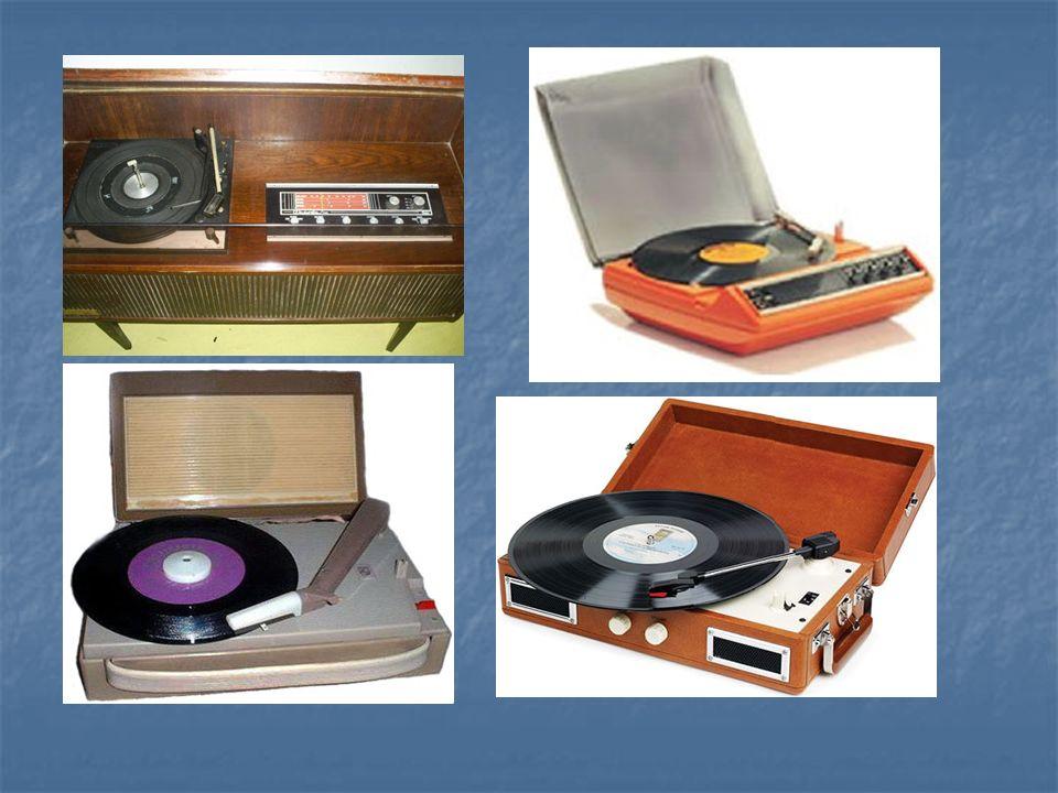 História do som gravado 1913 – Edison aderiu ao formato do disco plano e começou a vender os leitores de discos tal como os discos da marca Diamond-Disc.