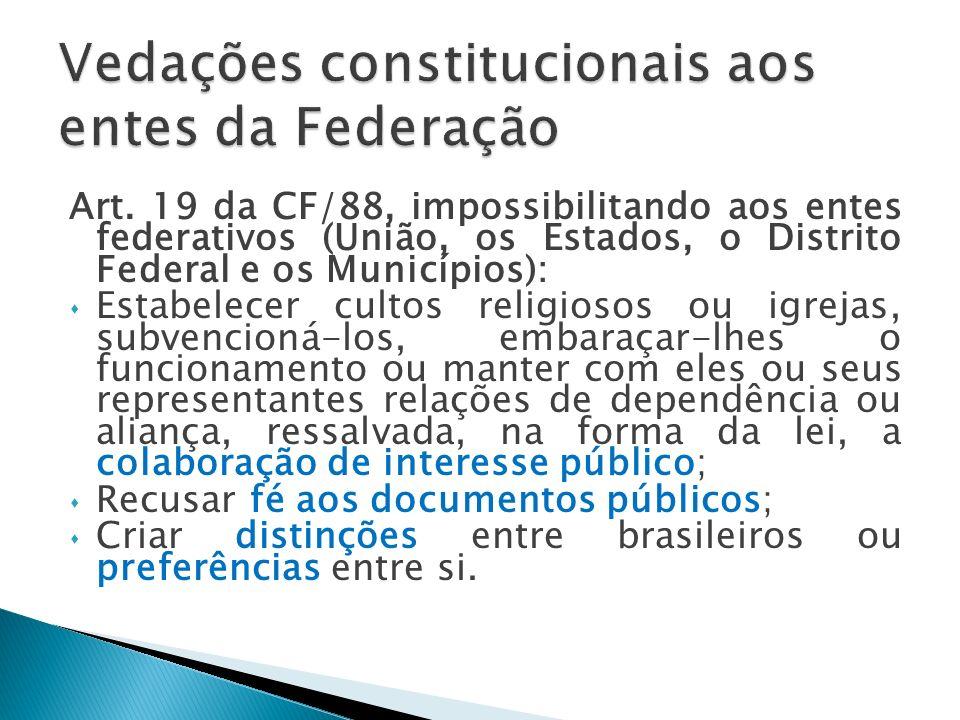 A União possui dupla personalidade, pois assume um papel interno e outro internacionalmente: Internamente: A União é uma pessoa jurídica de direito público interno.