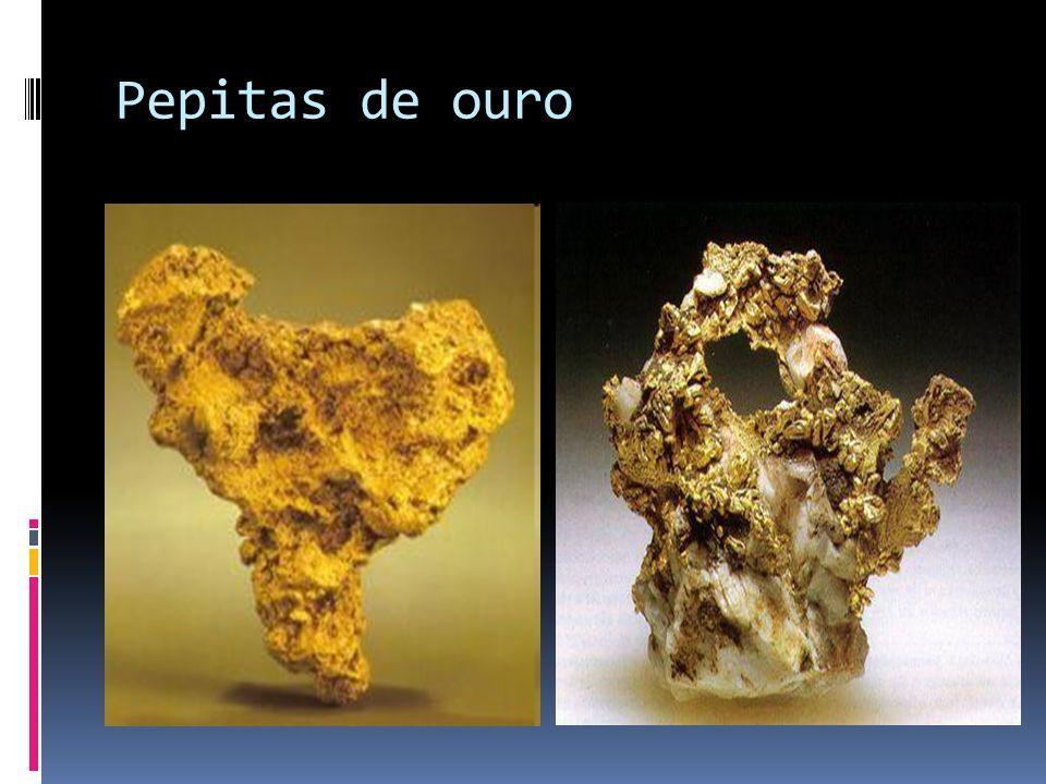 A caminho do interior do Brasil, o ouro foi encontrado.