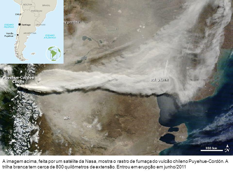 A imagem acima, feita por um satélite da Nasa, mostra o rastro de fumaça do vulcão chileno Puyehue-Cordón. A trilha branca tem cerca de 800 quilômetro