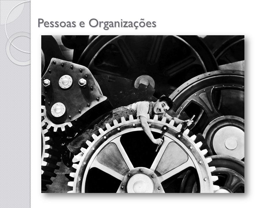 Por exemplo, de que forma a comunicação deverá transcorrer dentro da Organização.