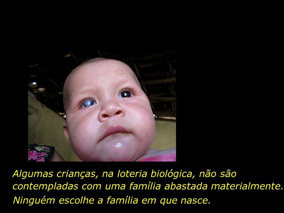 Existe uma cegueira moral e social, anterior à cegueira que se apodera dos pequeninos olhos de Rafael, de Ana Vitória, e de outras tantas crianças.