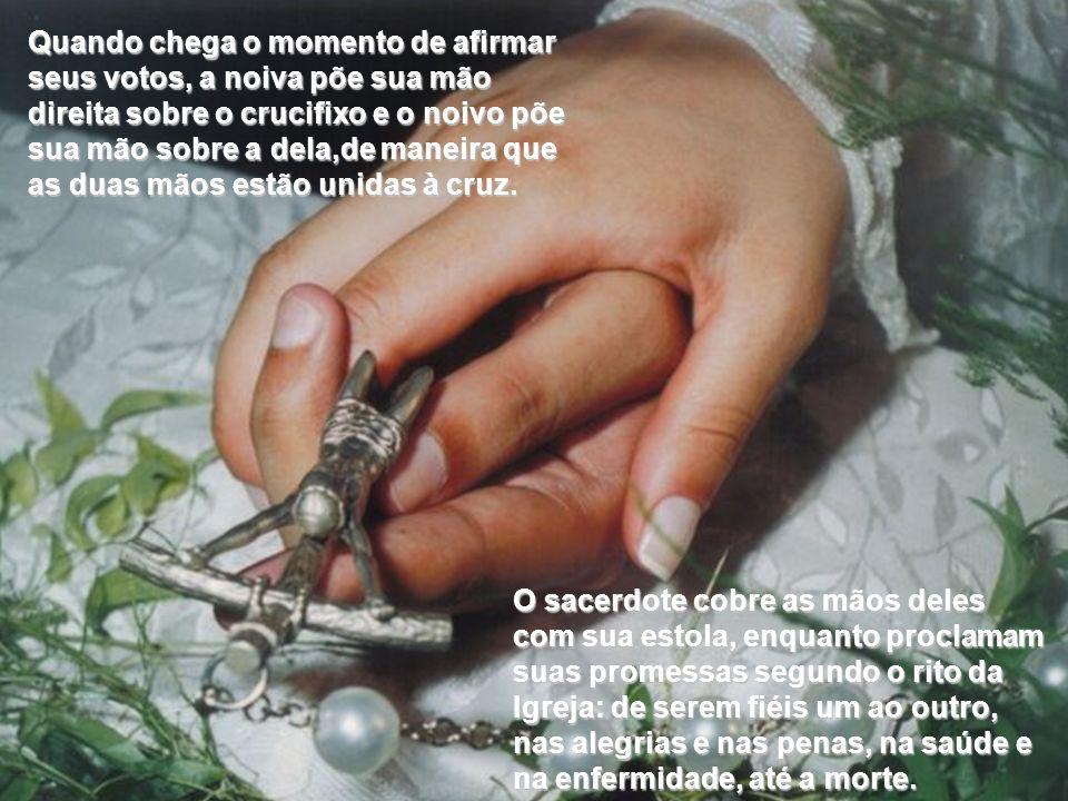 Na Herzergovina, a Cruz representa o Amor Maior e o Crucifixo é o tesouro da casa. Quando os noivos vão à Igreja, levam o Crucifixo com eles. O sacerd