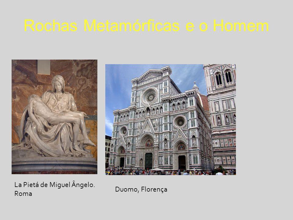 Rochas Metamórficas e o Homem La Pietá de Miguel Ângelo. Roma Duomo, Florença