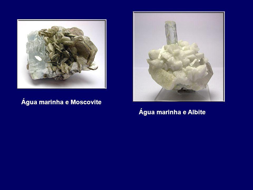 Água marinha e Albite Água marinha e Moscovite