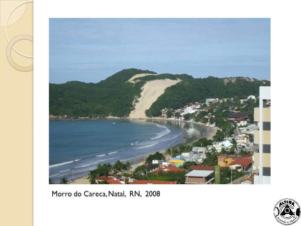 Vista parcial do centro de Manaus, AM, e da área do porto da cidade.