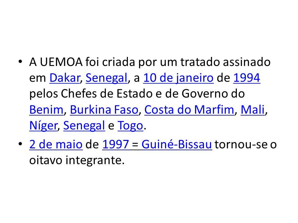 A UEMOA foi criada por um tratado assinado em Dakar, Senegal, a 10 de janeiro de 1994 pelos Chefes de Estado e de Governo do Benim, Burkina Faso, Cost