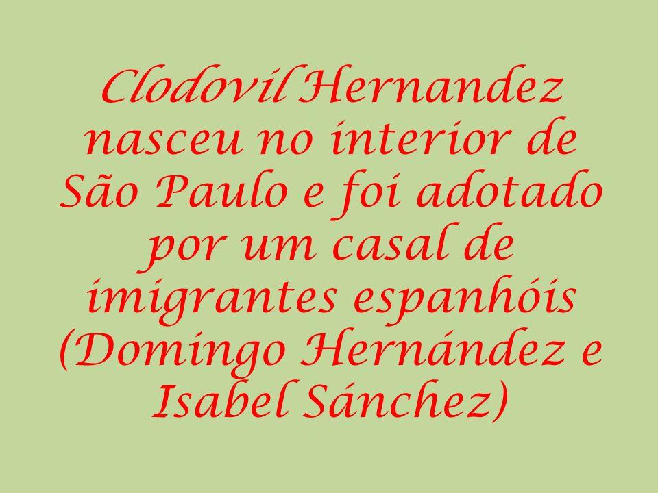 O líder do PT na Câmara, deputado Luiz Sérgio (RJ), encaminhou hoje ao presidente da Câmara, Arlindo Chinaglia (PT- SP), representação contra o deputado Clodovil Hernandez (PTC-SP ) por suas palavras ofensivas contra as mulheres.