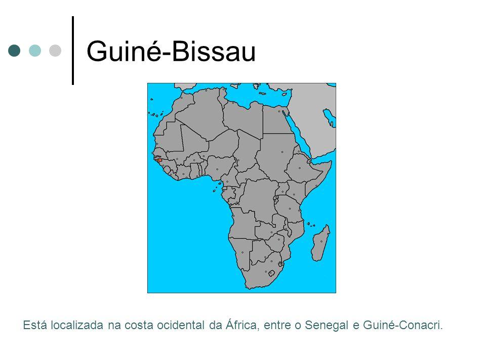 São Tomé e Príncipe Recentemente, descobriu-se petróleo nas costas do país; Turismo deve mudar a estrutura econômica do país; Literatura: porta Francisco José Tenreiro