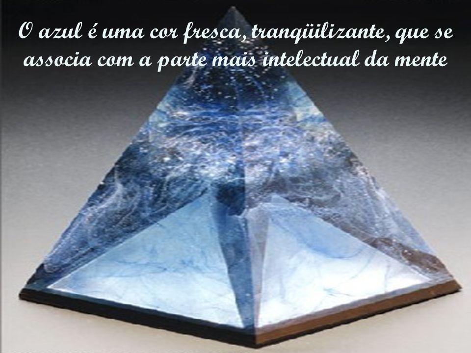 O azul é uma cor fresca, tranqüilizante, que se associa com a parte mais intelectual da mente