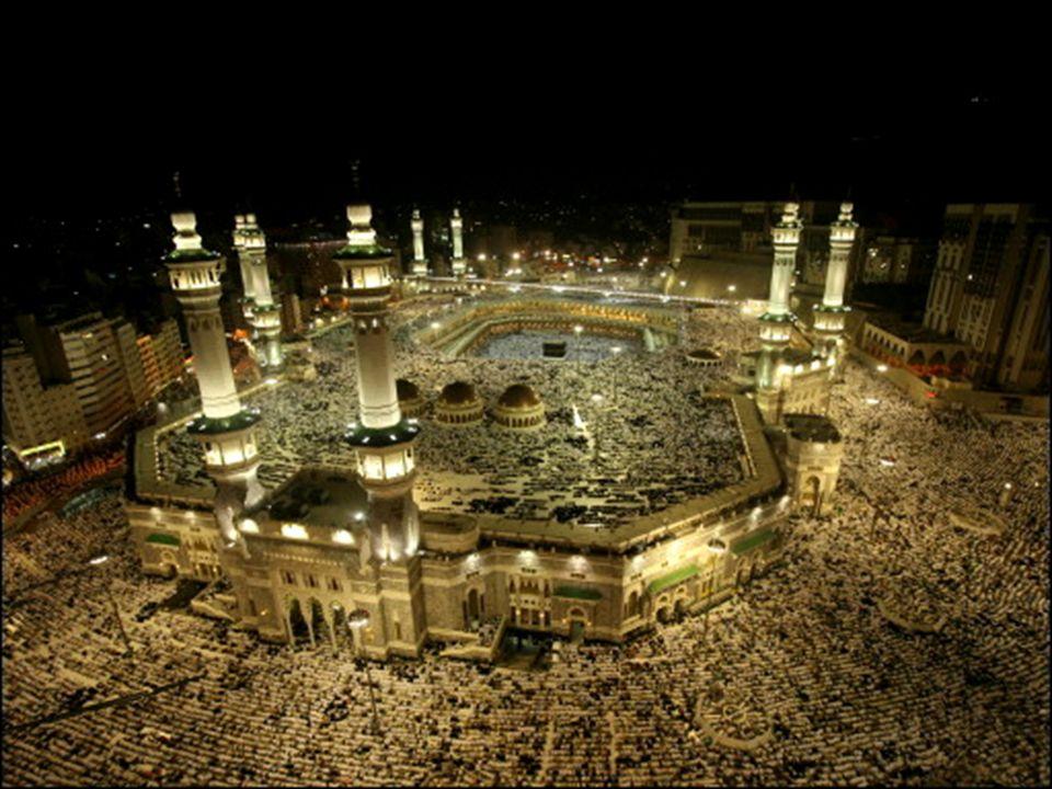O Corão fixou com clareza as obrigações fundamentais para um crente muçulmano. Eles são geralmente chamados os cinco pilares do Islão e são: 1 – O tes