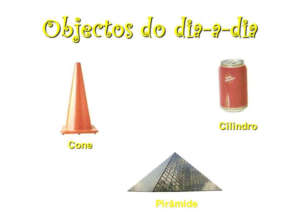 Cone Cilindro Pirâmide Objectos do dia-a-dia