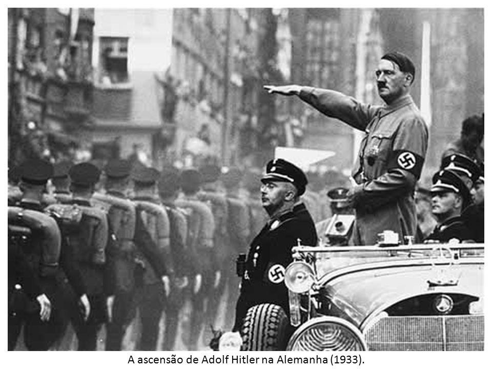 A ascensão de Adolf Hitler na Alemanha (1933).