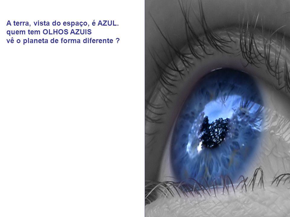 << ANJO DE OLHOS AZUIS >>> Se os olhos são as janelas da alma, quem tem OLHOS AZUIS, tem também a alma AZUL ?