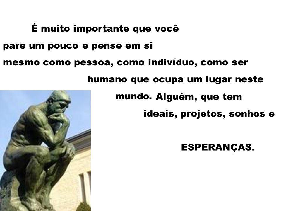 PAULO FREIRE descreve escola como: [...] o lugar onde se faz amigos.