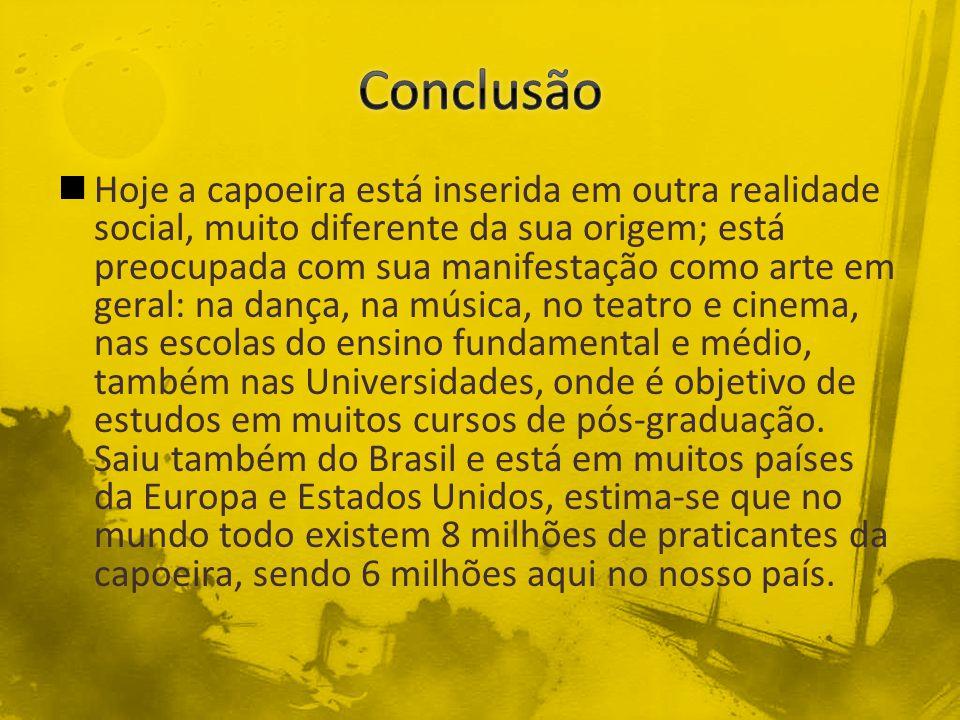 Nomes : Ana Paula, Elizandra, Lucas e Wilian Vagner Fontes : http://mundoestranho.abril.com.br/esporte/como- surgiu-capoeira-532795.shtmlhttp://mundoestranho.abril.com.br/esporte/como- surgiu-capoeira-532795.shtml