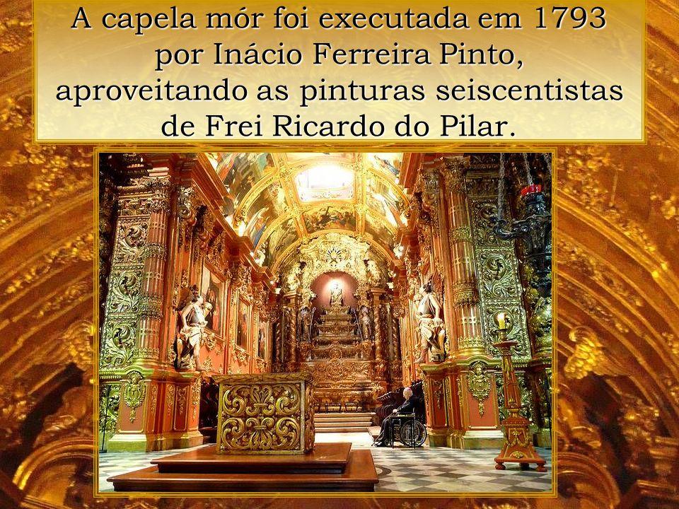 A talha da capela foi executada entre 1671 e 1718 por Frei Domingos da Conceição. A capela mór e a do Santíssimo são da lavra de Inácio Ferreira Pinto