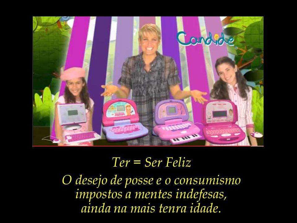 A esteira que conduz ao Céu. O incontido sorriso de Xuxa e das duas crianças figurantes, que mal cabem em si.