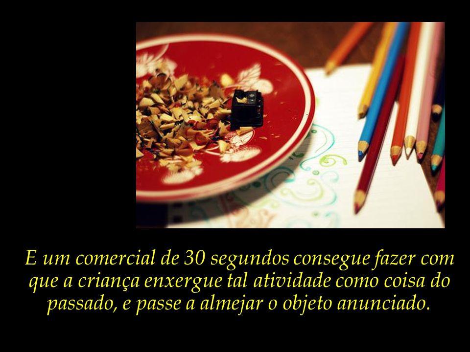 Gerações e gerações de crianças desenvolveram a criatividade e o gosto pela arte por meio de cadernos e lápis de colorir.