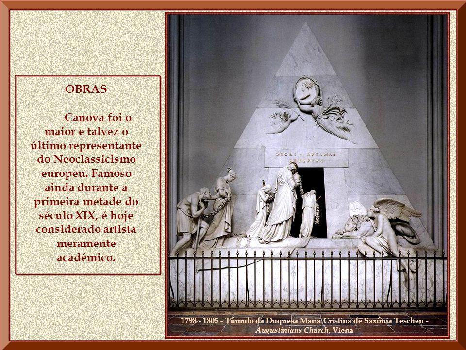 Fez Canova uma estátua de Napoleão I inteiramente nu ( Galleria Brera, Milão). Nela, o imperador aparece empunhando, na mão direita, o globo terrestre