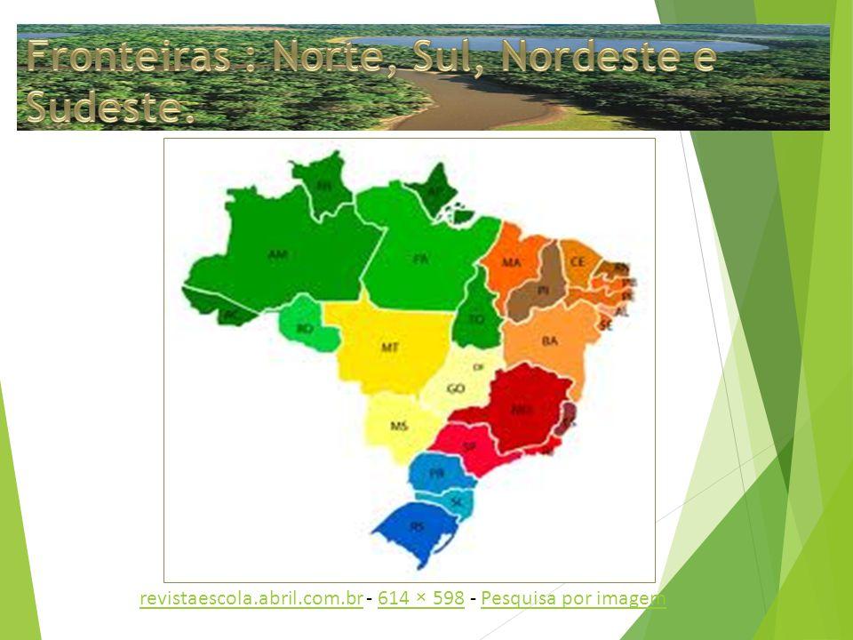 A população do Distrito Federal é oriunda de imigrantes de diversos estados brasileiros, esse fato é o grande responsável pela diversidade na culinária, sotaques, costumes, comidas típicas e músicas.