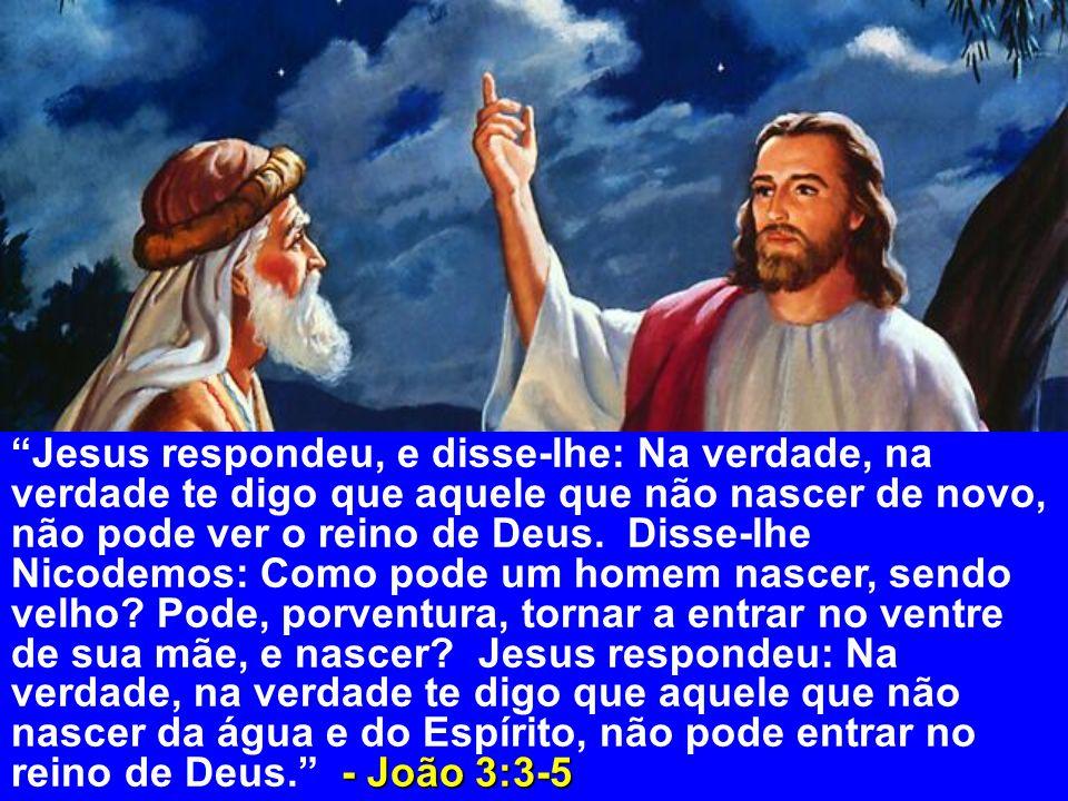 ...e viu o Espírito de Deus descendo como pomba e vindo sobre ele.
