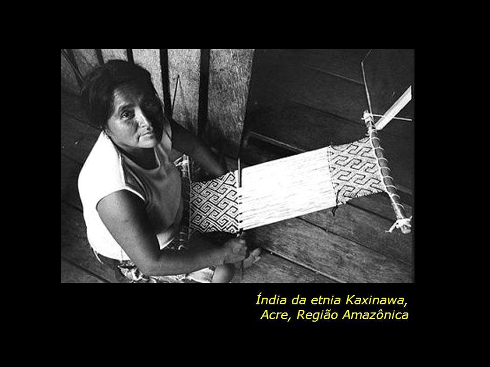 holdemqueen@hotmail.com Mãe e filho da etnia Kuikuro, Região do Alto Xingu Mato Grosso