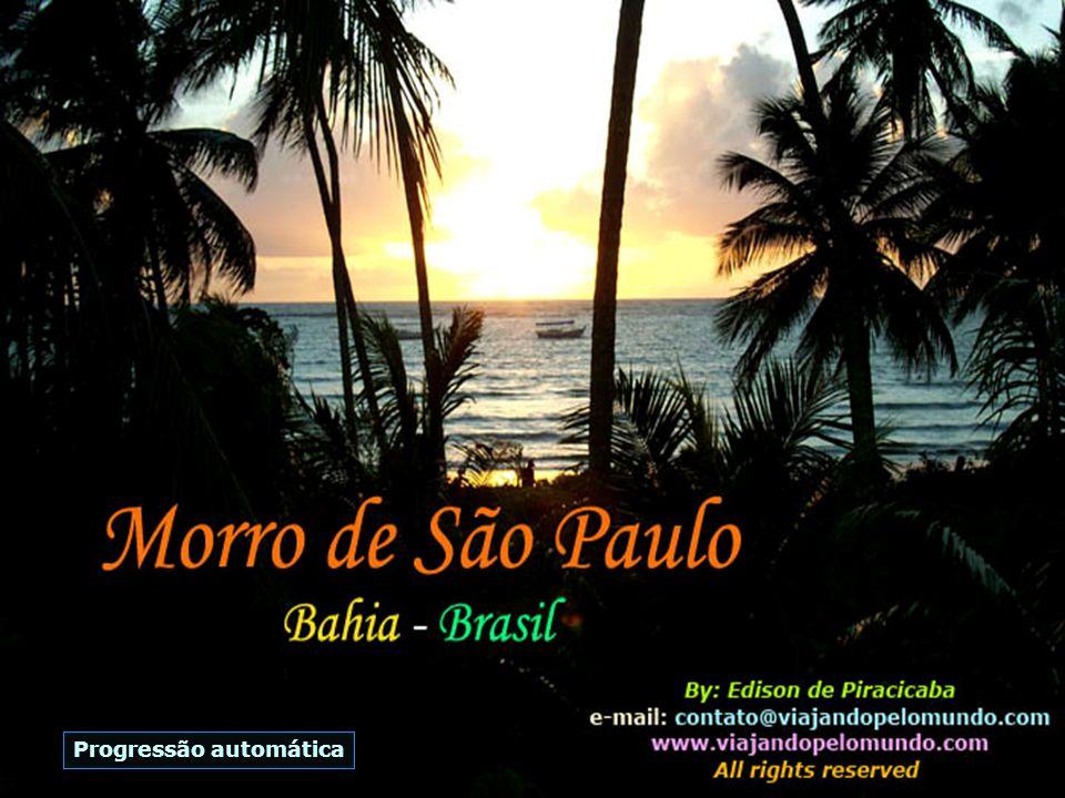 Em meio a esse paraíso de Morro de São Paulo, está um outro pequeno paraíso - o Hotel Porto do Zimbo Small Resort...