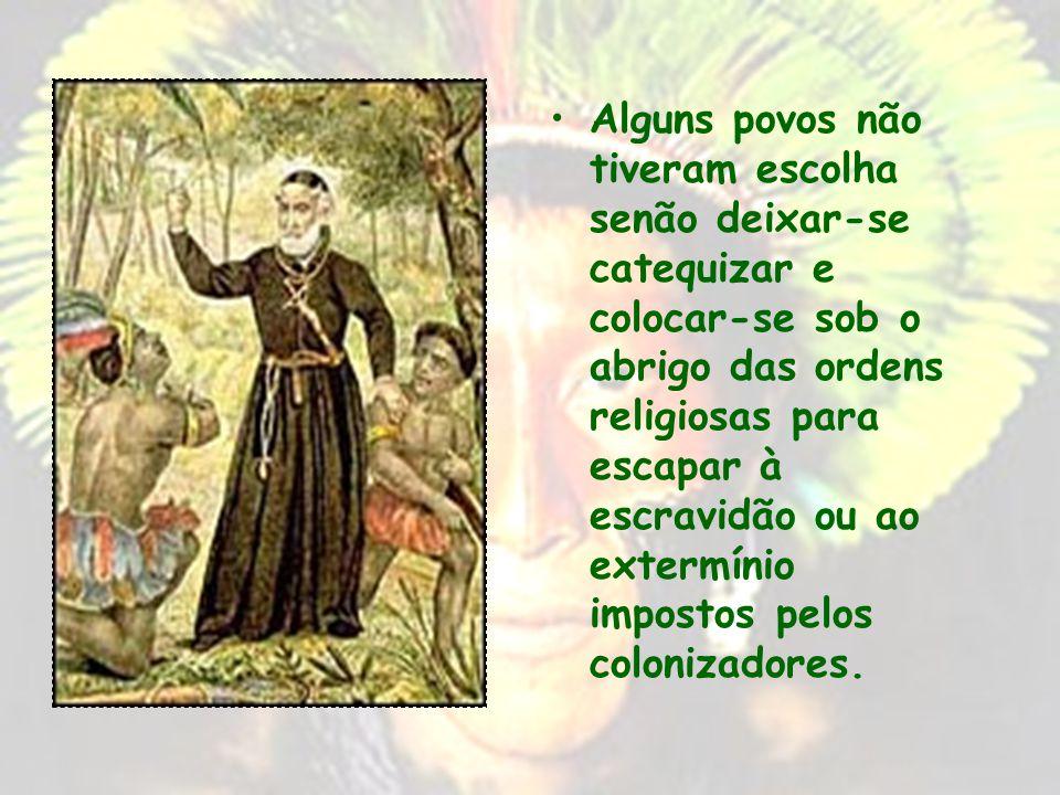 A RESISTÊNCIA INDÍGENA Com a colonização, os nativos da América portuguesa tinham duas escolhas : submeter- se ou resistir. No plano social e político
