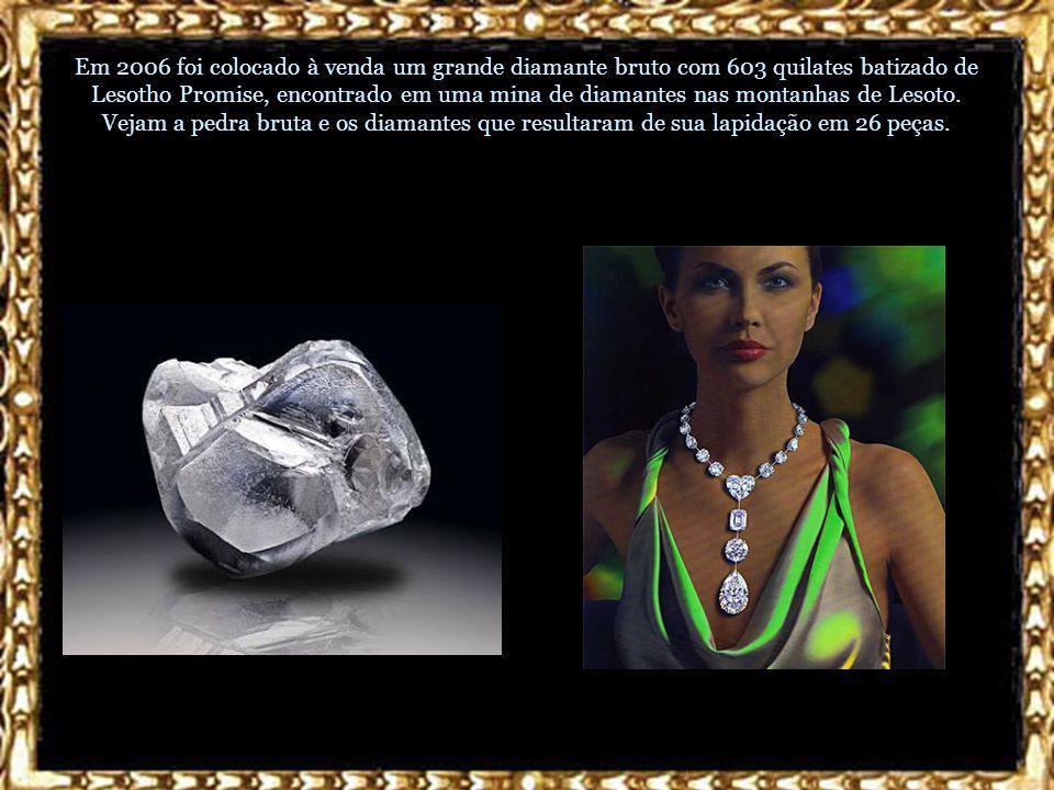 Diamante Amsterdã Negro Entre os mais novos diamantes famosos está o Amsterdã Negro, com 33,74 quilates, uma das pedras preciosas mais raras do mundo, um diamante totalmente negro.