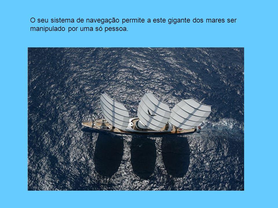 O seu sistema de navegação permite a este gigante dos mares ser manipulado por uma só pessoa.