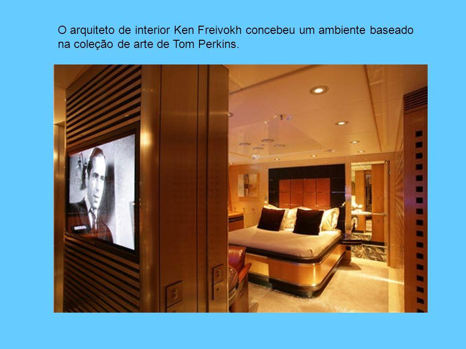 O arquiteto de interior Ken Freivokh concebeu um ambiente baseado na coleção de arte de Tom Perkins.
