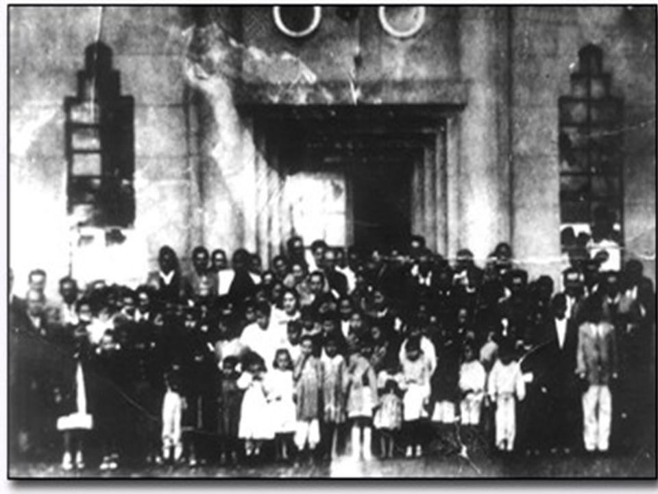 Igreja Assembléia de Deus de Uruguaina/RS Pode ser visto logo acima da porta de entrada o rosto de um anjo ou mesmo do Senhor, não sabemos.