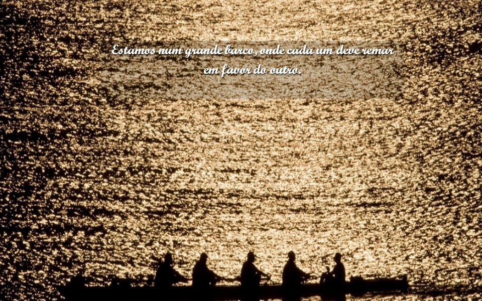 Não se perca no medo de arriscar-se, não tenha pressa em passar pela vida, ao contrário, aprecie o caminho sem se importar com o destino da chegada. a