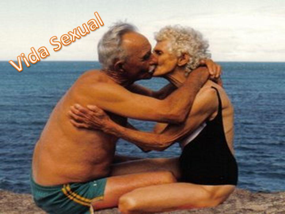 A sexualidade faz parte do bem estar e da vida do paciente idoso.