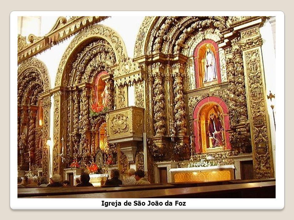 Igreja de S. João Baptista A necessidade de uma igreja na Foz do Douro fez-se sentir no final do segundo quartel do século XVII, em consequência das o