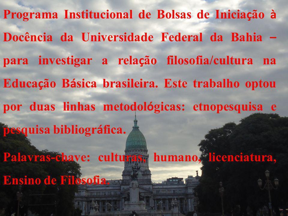 trabalho optou por duas linhas metodol ó gicas: etnopesquisa e pesquisa bibliogr á fica.