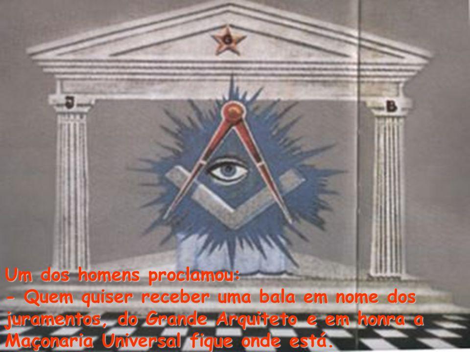 Ambos mascarados e cobertos em preto da cabeça aos pés,armados com metralhadoras. Numa noite fria, durante uma reunião; Um templo com cerca de 40 memb