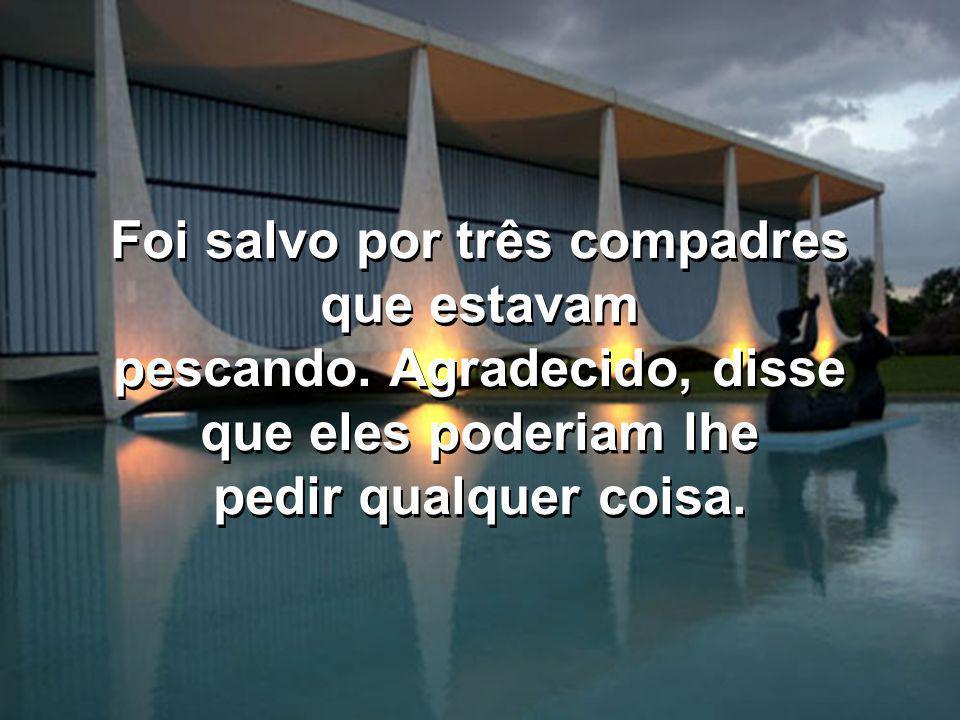 Lula estava nadando no lago Paranoá e começou a se afogar. Lula estava nadando no lago Paranoá e começou a se afogar.