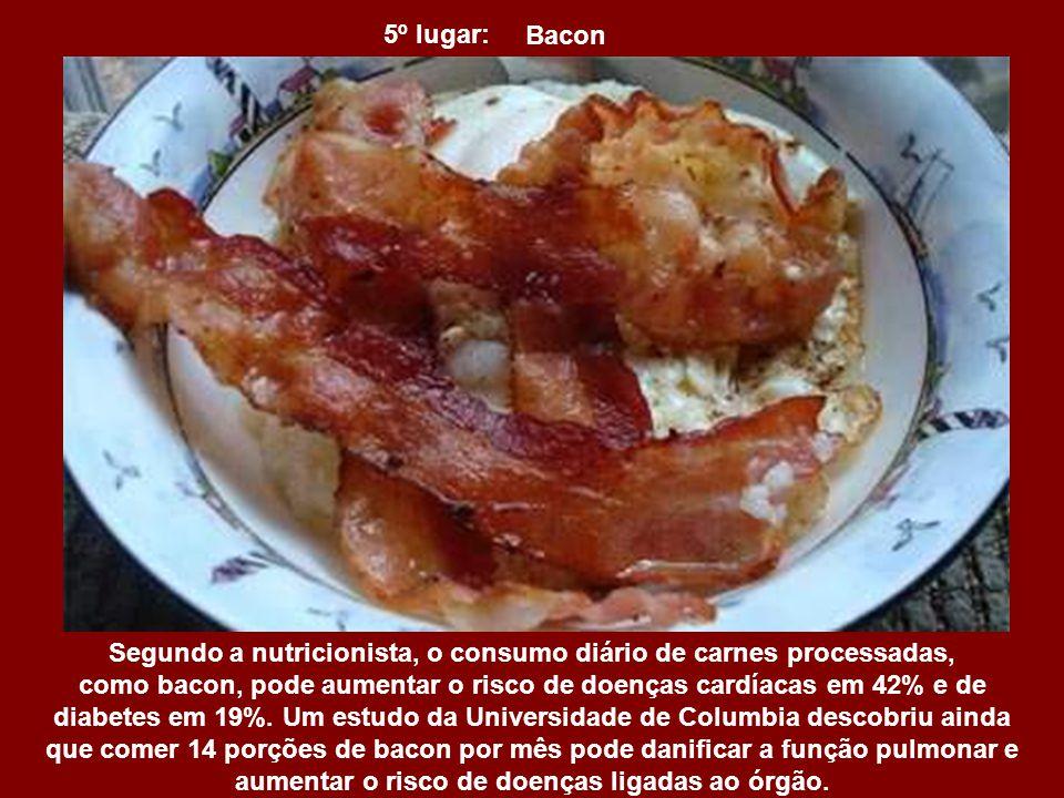 6º lugar: Salgadinhos de Batata Além de causarem todos os danos das batatas fritas comuns e não trazerem nenhum benefício nutricional, esses salgadinh