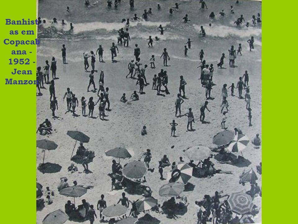 Banhist as em Copacab ana - 1952 - Jean Manzon